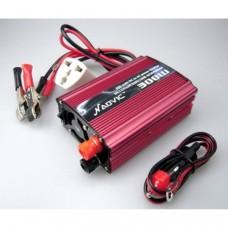 300W Chargeur d'alimentation de voiture onduleur (220V)